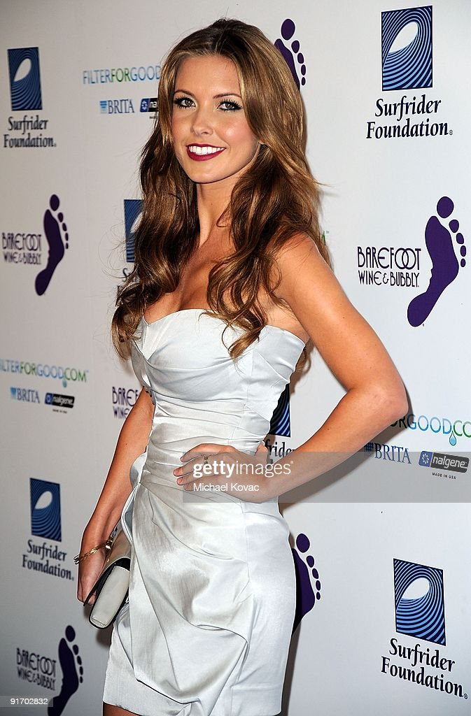 Actress Audrina Patridge arrives at the Surfrider Foundation's 25th anniversary gala at California Science Center's Wallis Annenberg Building on October 9, 2009 in Los Angeles, California.