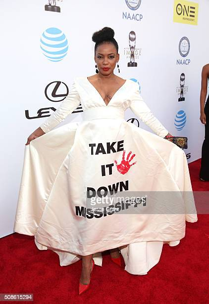 Actress Aujanue Ellis attends the 47th NAACP Image Awards presented by TV One at Pasadena Civic Auditorium on February 5, 2016 in Pasadena,...