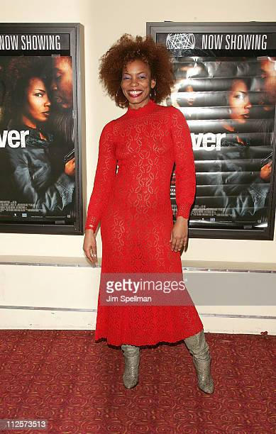 "Actress Aunjanue Ellis arrives at the ""Cover"" Premiere at the Village East Theater on February 18, 2008 in New York City."