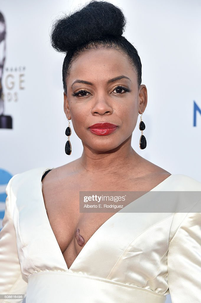47th NAACP Image Awards Presented By TV One - Red Carpet : News Photo