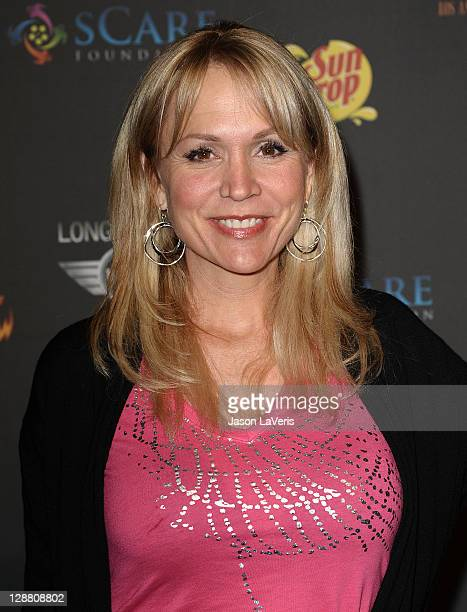 Barbara Alyn Woods Stock Photos And Pictures Getty Images