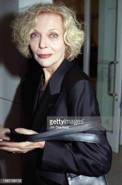 Actress Barbara Bain poses for a portrait in Los Angeles California in 1997