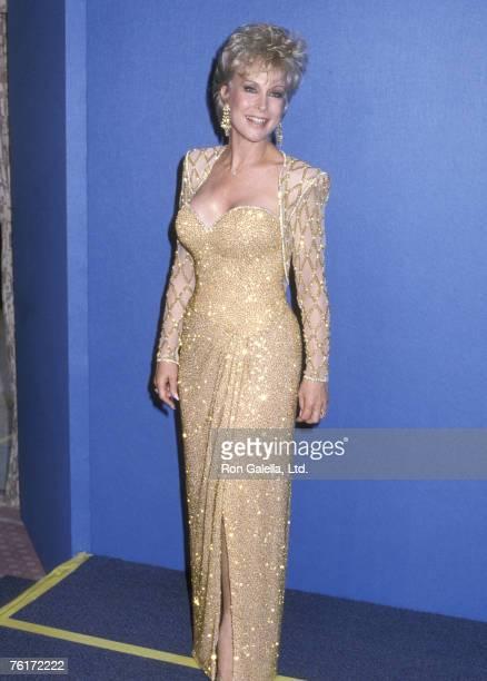 Actress Barbara Eden attends the 38th Annual Primetime Emmy Awards on September 21 1986 at Pasadena Civic Auditorium in Pasadena California
