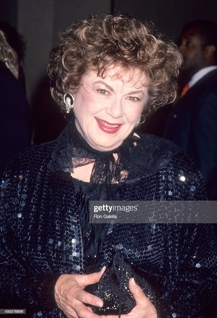 Actress Barbara Hale attends the 46th Annual Directors Guild of America Awards on March 5, 1994 at the Beverly Hilton Hotel in Beverly Hills, California.