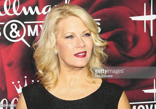Actress Barbara Niven attends the Hallmark Channel and Hallmark Movies and Mysteries Winter 2017 TCA Press Tour at The Tournament House on January 14...