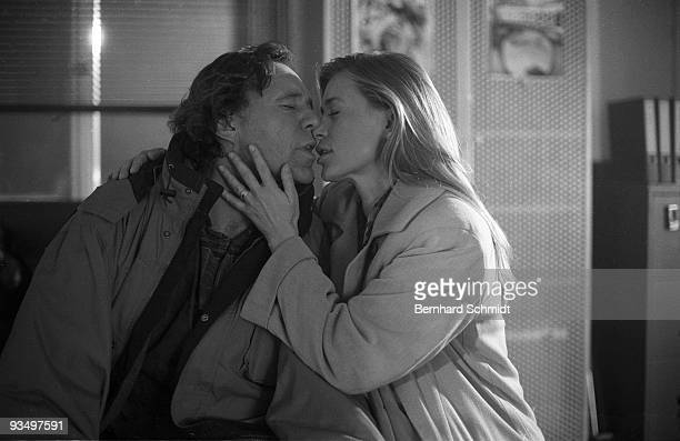 """Actress Barbara Rudnik is seen at the set of the ZDF Movie """"Im Atem der Berge"""" on October 14, 1997 in Munich, Germany. She starrs in the movie..."""