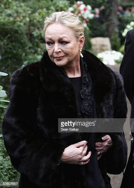 Actress Barbara Schoene attends funeral services for the late German actor Harald Juhnke at the Waldfriedhof Dahlem cemetery April 8 2005 in Berlin...