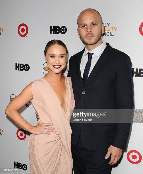 actress becca tobin and husband zach martin attend family equality news photo getty images. Black Bedroom Furniture Sets. Home Design Ideas