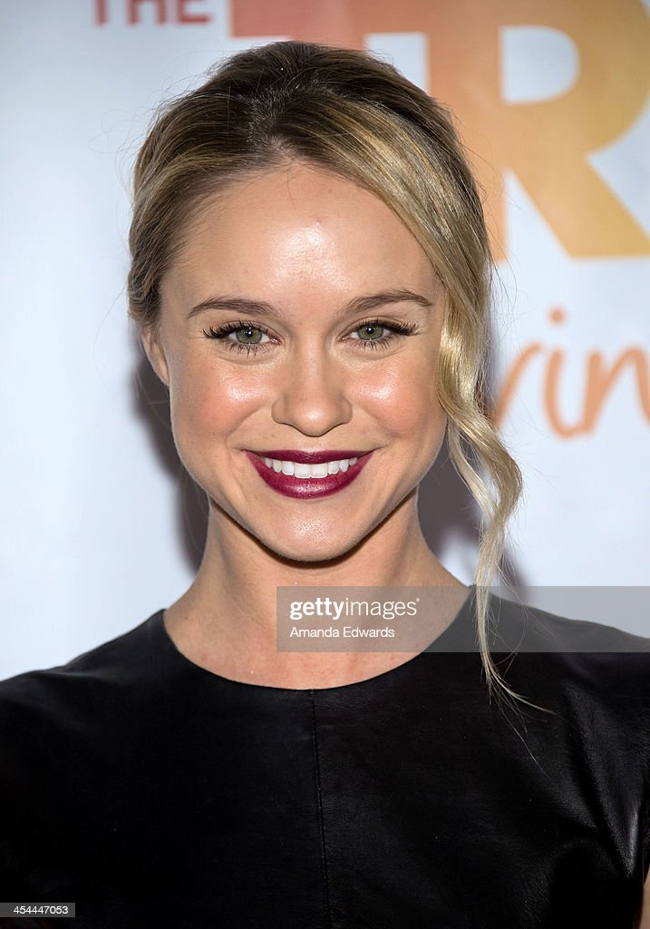 Actress Becca Tobin arrives at the TrevorLIVE Los Angeles Benefit celebrating The Trevor Project's 15th anniversary at the Hollywood Palladium on December 8, 2013 in Hollywood, California.