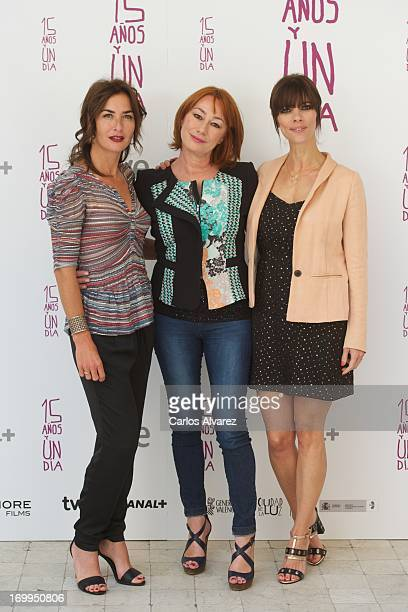 Actress Belen Lopez director Gracia Querejeta and actress Maribel Verdu attend the Quince Anos Y Un Dia photocall at the Intercontinental Hotel on...