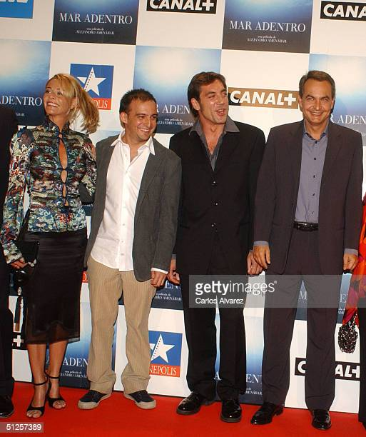 Actress Belen Rueda director Alejandro Amenabar actor Javier Bardem and president Jose Luis Rodriguez Zapatero attend the premiere of the new film by...