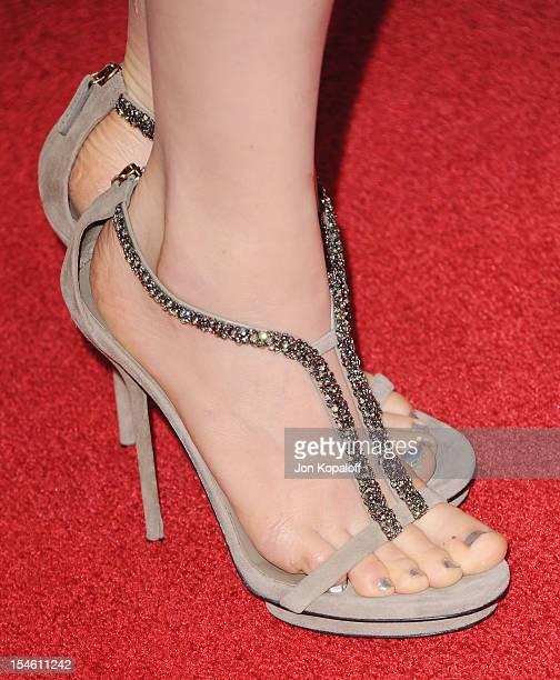 bella heathcote feet