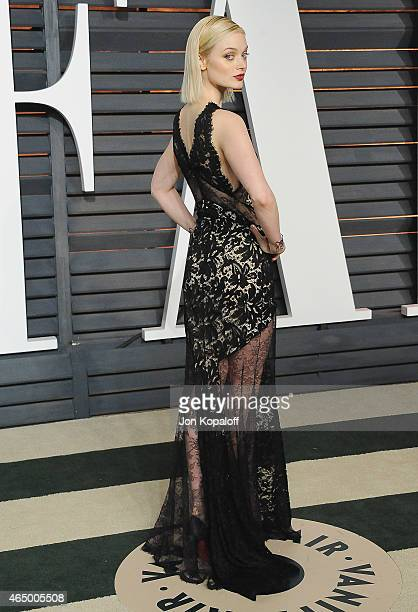 Actress Bella Heathcote arrives at the 2015 Vanity Fair Oscar Party Hosted By Graydon Carter at Wallis Annenberg Center for the Performing Arts on...