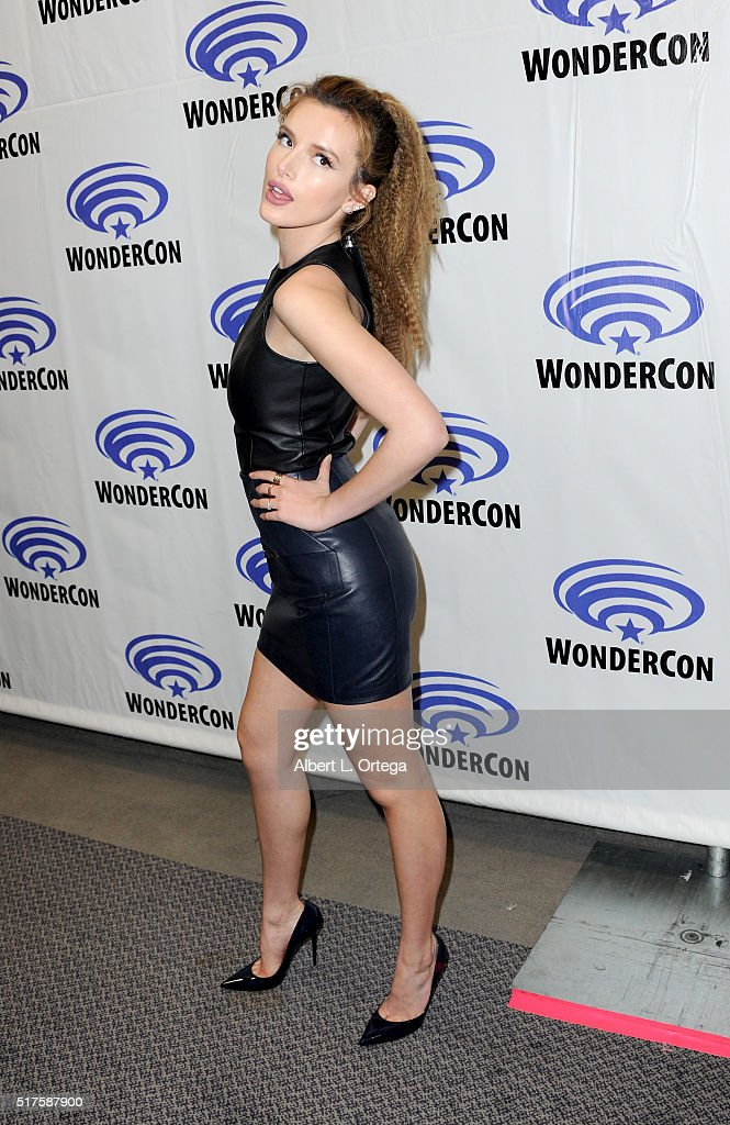 Actress Bella Thorne promoting 'Ratchet and Clank' on Day 1 of WonderCon held at Los Angeles Convention Center on March 25, 2016 in Los Angeles, California.