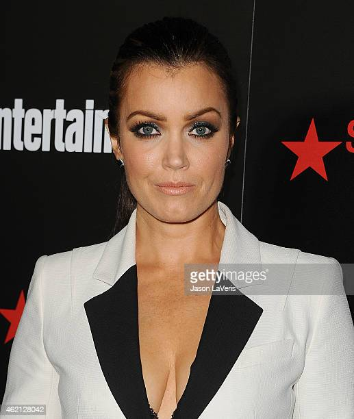 Actress Bellamy Young attends the Entertainment Weekly celebration honoring nominees for the Screen Actors Guild Awards at Chateau Marmont on January...