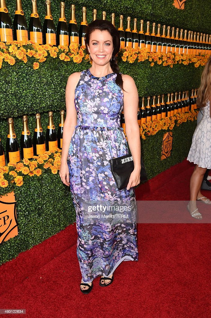 Actress Bellamy Young attends the Sixth-Annual Veuve Clicquot Polo Classic at Will Rogers State Historic Park on October 17, 2015 in Pacific Palisades, California.