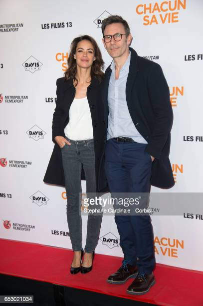 Actress Berenice Bejo and her husband Michel Hazanavicius attend the 'Chacun Sa vie' Paris Premiere at Cinema UGC Normandie on March 13 2017 in Paris...