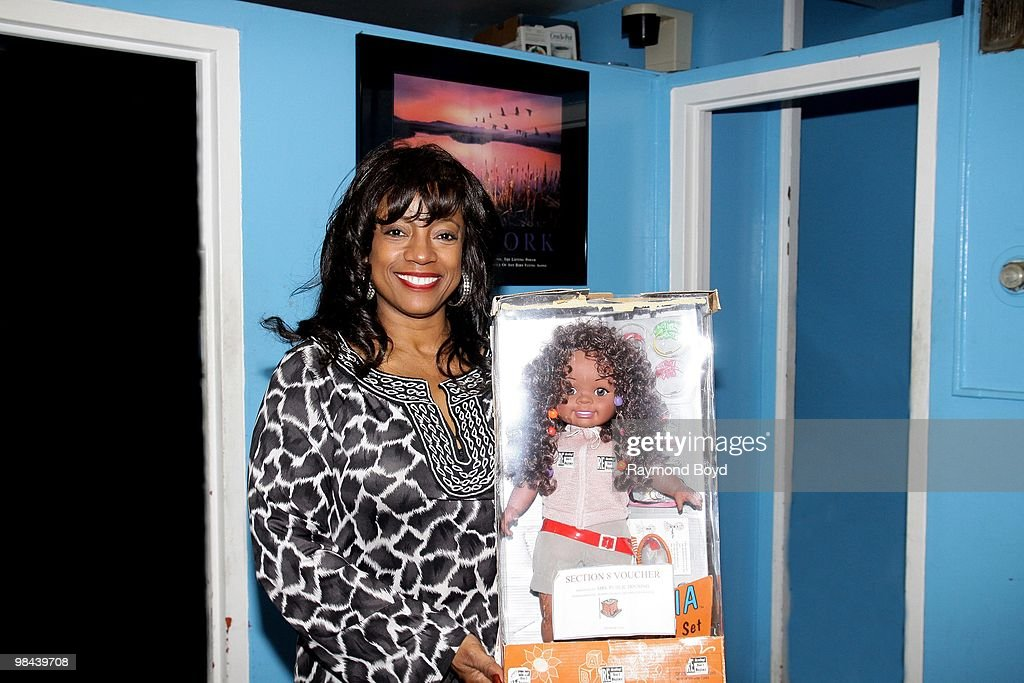 """BernNadette Stanis """"Make Your Mark Campaign"""" In Chicago : News Photo"""