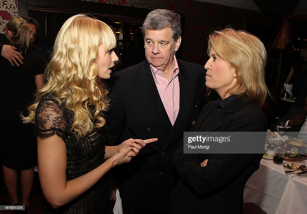 Actress Beth Behrs (L), John P. Coale (C) and Greta Van Susteren of Fox News, talk at The Creative Coalition's and Lanmark Technology Inc.'s celebration of the Arts in America at Neyla on April 26, 2013 in Washington, DC.