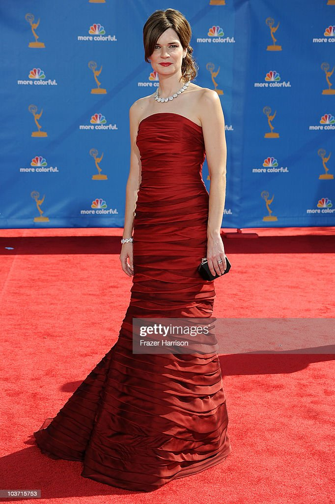 Actress Betsy Brandt arrives at the 62nd Annual Primetime Emmy Awards held at the Nokia Theatre L.A. Live on August 29, 2010 in Los Angeles, California.