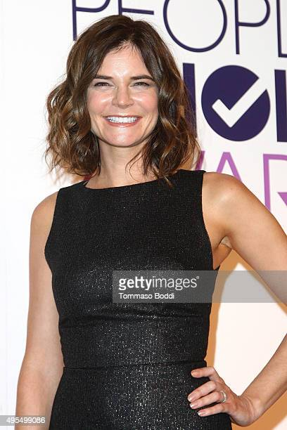 Actress Betsy Brandt attends the People's Choice Awards 2016 Nominations Press Conference at The Paley Center for Media on November 3 2015 in Beverly...