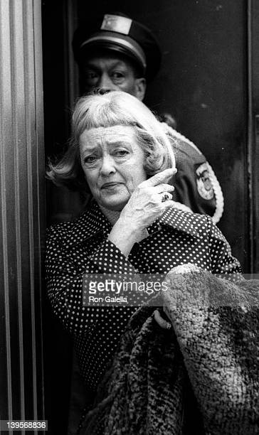Actress Bette Davis attends the rehearsals for 28th Annual Tony Awards on April 28 1974 at the Shubert Theater in New York City