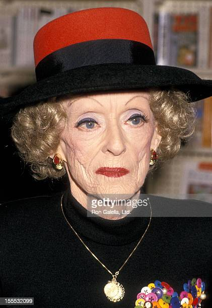 Actress Bette Davis signs copies of her book This 'N That on February 13 1988 at B Dalton Bookseller in Hollywood California