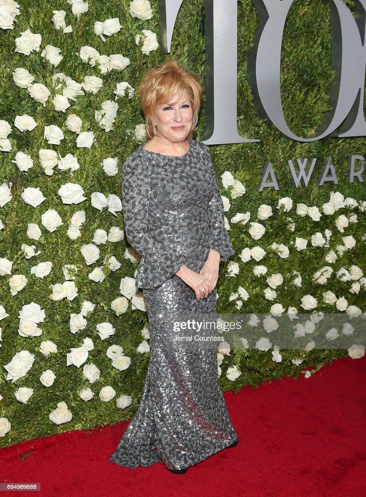 2017 Tony Awards - Red Carpet