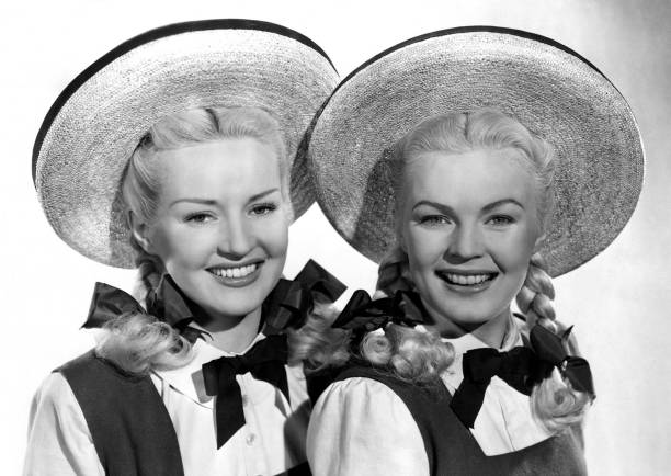actress-betty-grable-and-june-haver-in-a