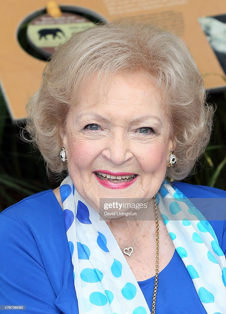 Actresses Betty White And Carolyn Hennesy Host Media Preview For Greater Los Angeles Zoo Association's Beastly Ball Fundraiser