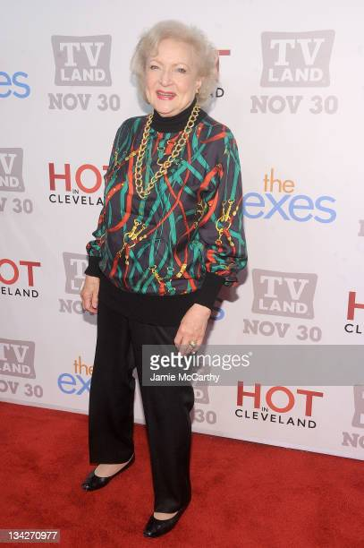 """Actress Betty White attends the TV Land holiday premiere party for """"Hot in Cleveland"""" & """"The Exes"""" at SD26 on November 29, 2011 in New York City."""