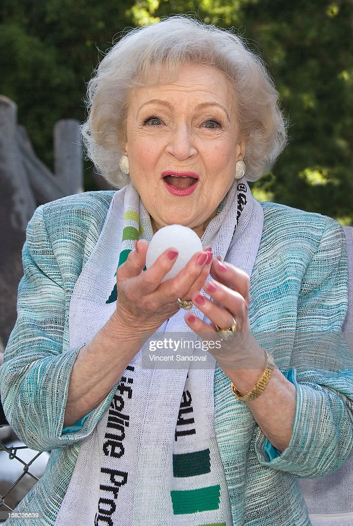 Actress Betty White hosts the 'White Hot' holiday event at Los Angeles Zoo on December 11, 2012 in Los Angeles, California.