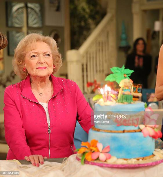 """Actress Betty White poses at the celebration of her 93rd birthday on the set of """"Hot in Cleveland"""" held at CBS Studios - Radford on January 16, 2015..."""