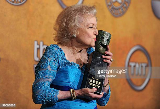 Actress Betty White poses with the Life Achievement Award in the press room at the 16th Annual Screen Actors Guild Awards held at the Shrine...