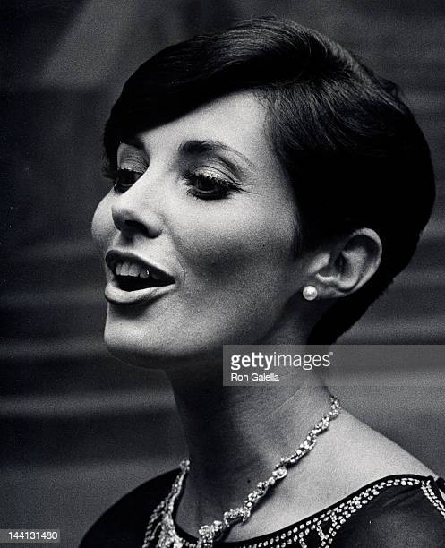 Actress Beverly Sassoon attending Beauty Hall of Fame Awards on December 14 1975 at the Pierre Hotel in New York City New York
