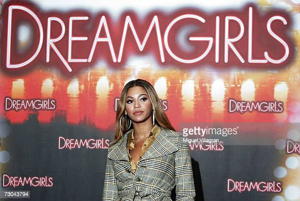 Actress Beyonce Knowles attends the photocall to Dreamgirls which recently won a Golden Globe Award at the Adlon Hotel January 19 2006 in Berlin...
