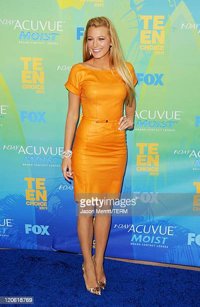 Actress Blake Lively arrives at the 2011 Teen Choice Awards held at the Gibson Amphitheatre on August 7 2011 in Universal City California