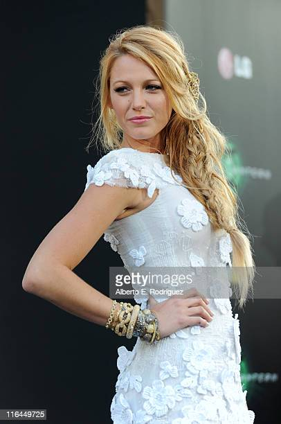 Actress Blake Lively arrives at the premiere of Warner Bros Pictures' 'Green Lantern' held at Grauman's Chinese Theatre on June 15 2011 in Hollywood...