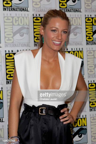 Actress Blake Lively attends a red carpet for Green Lantern on day 3 of ComicCon International at San Diego Convention Center on July 24 2010 in San...