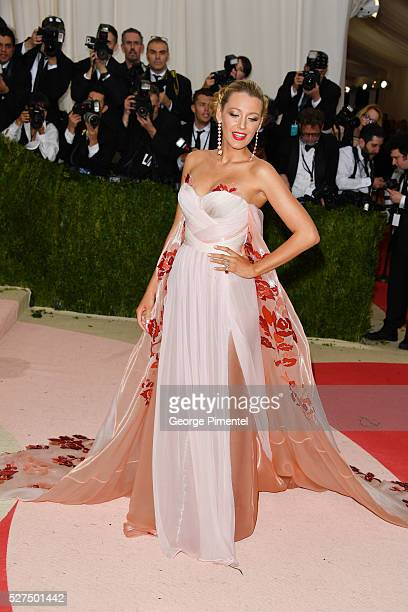 Actress Blake Lively attends the 'Manus x Machina: Fashion in an Age of Technology' Costume Institute Gala at the Metropolitan Museum of Art on May...
