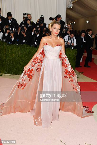 Actress Blake Lively attends the 'Manus x Machina Fashion in an Age of Technology' Costume Institute Gala at the Metropolitan Museum of Art on May 2...