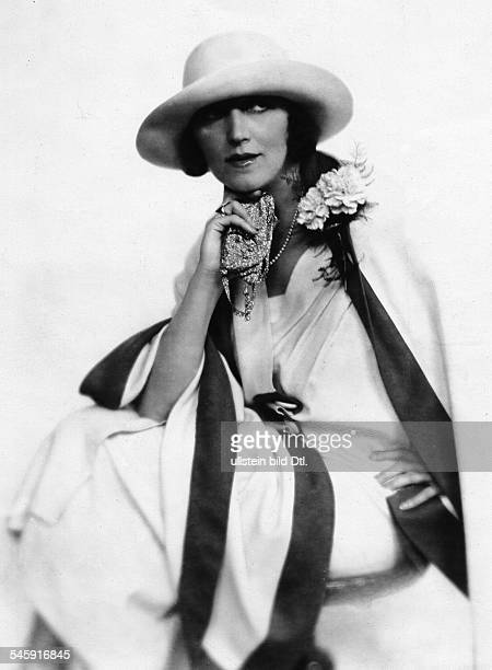 Actress Blanche Dergan Portrait by Studio Adele 1926