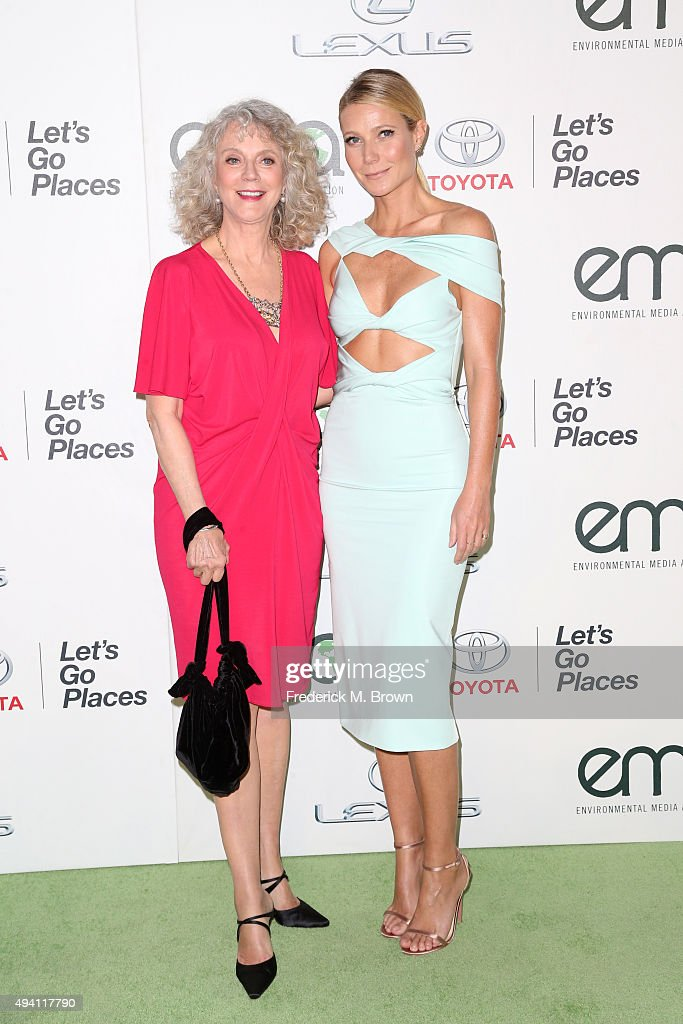 Actress Blythe Danner (L) and honoree Gwyneth Paltrow attend the 25th annual EMA Awards presented by Toyota and Lexus and hosted by the Environmental Media Association at Warner Bros. Studios on October 24, 2015 in Burbank, California.