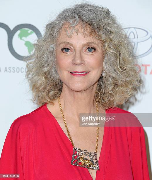 Actress Blythe Danner arrives at Environmental Media Association Hosts Its 25th Annual EMA Awards Presented By Toyota And Lexus at Warner Bros...