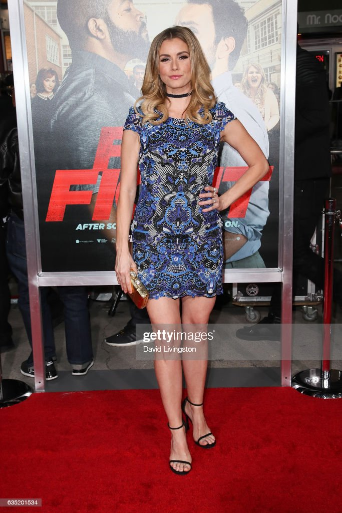 "Premiere Of Warner Bros. Pictures' ""Fist Fight"" - Arrivals : News Photo"
