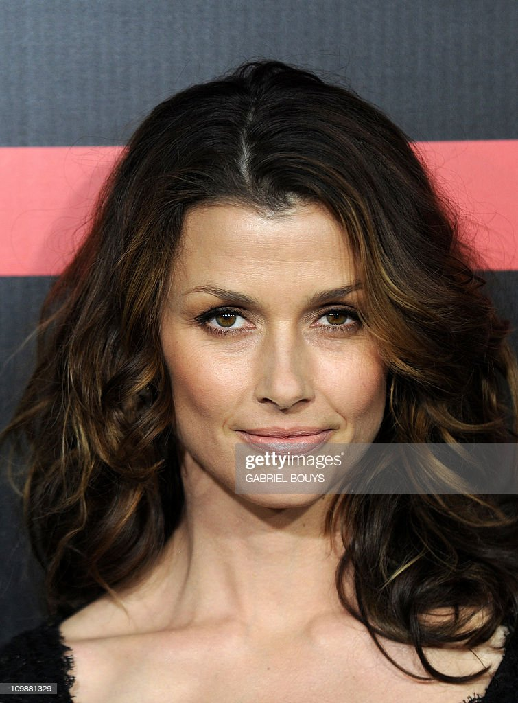 Actress Bridget Moynahan arrives at the premiere of 'Battle : Los Angeles' in Westwood, California on March 8, 2011.