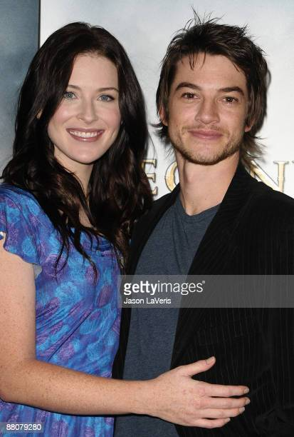 Actress Bridget Regan and actor Craig Horner attend the DATG summer press junket at ABC's Riverside Building on May 30 2009 in Burbank California