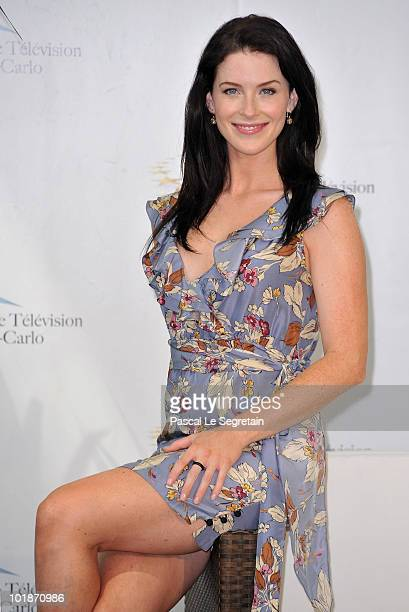 Actress Bridget Regan Poses At A Photocall For The Tv Series Legend Of The Seeker