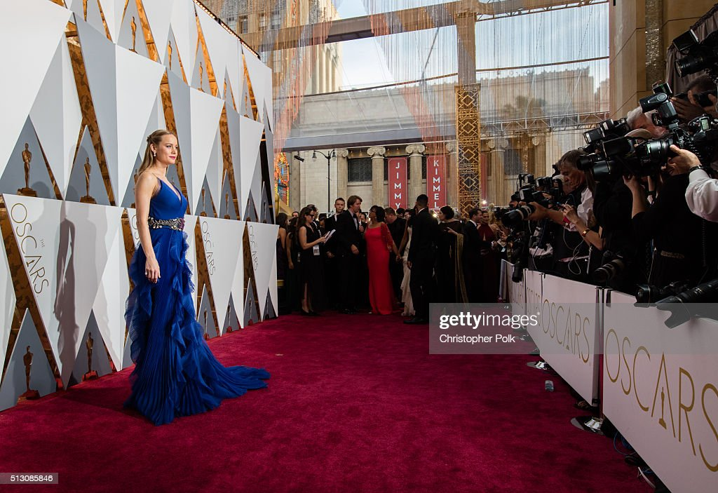 Actress Brie Larsen, dress detail, attends the 88th Annual Academy Awards at Hollywood & Highland Center on February 28, 2016 in Hollywood, California.