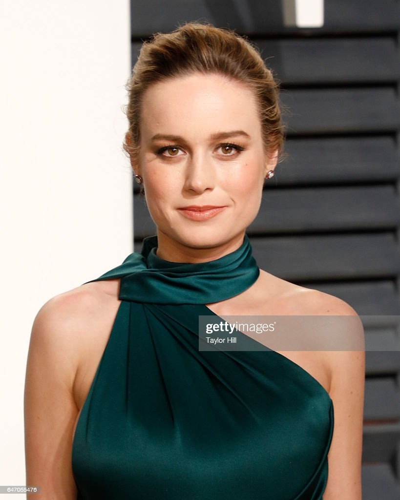 Actress Brie Larson attends the 2017 Vanity Fair Oscar Party at Wallis Annenberg Center for the Performing Arts on February 26, 2017 in Beverly Hills, California.
